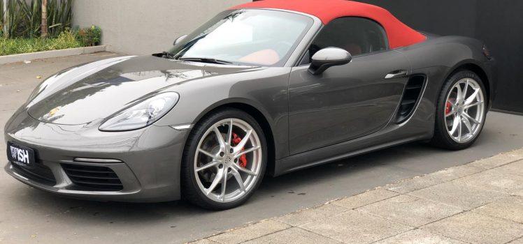 Porsche 991 Carreira (1995) - Dianteira