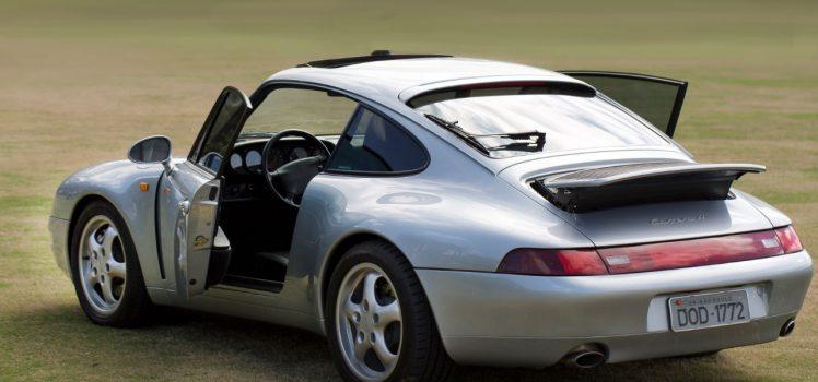 Porsche 991 Carreira (1995) - Traseira